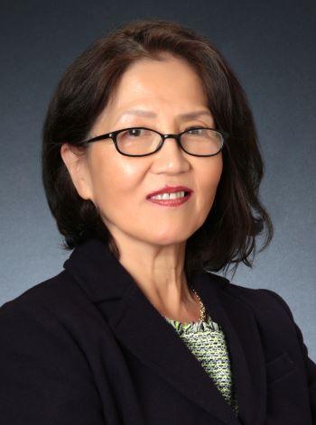 Christina Chang - Intero3